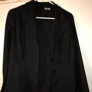 Black blazer, 3 buttons, fitted